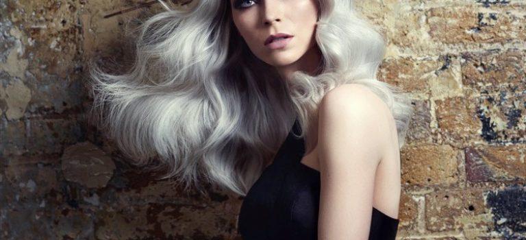 Trendy ve vlasovém stylingu na rok 2019