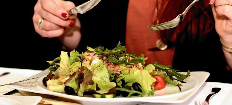 Je libo zdravý jarní salát?