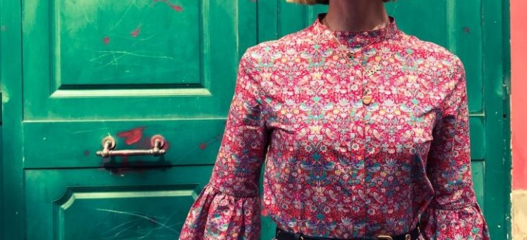 Praktické košilové šaty se značkou Olga Afanassieva