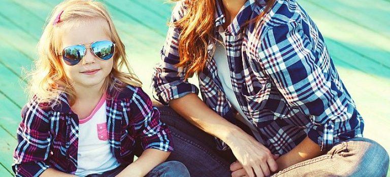Sluneční brýle pro děti? Slaďte je se svými!