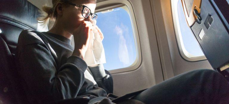 Jak během letu na dovolenou neonemocnět?
