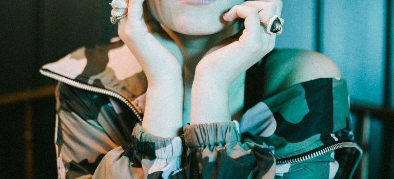 Zpěvačka Adéla uvádí nový song