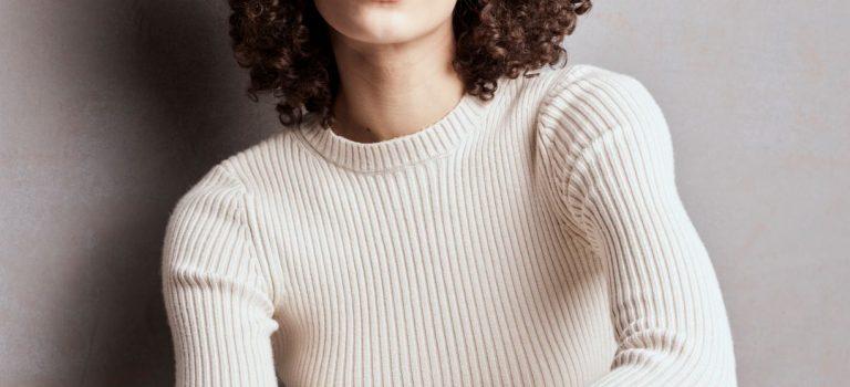Poradna: Jak se starat o kudrnaté a vlnité vlasy?